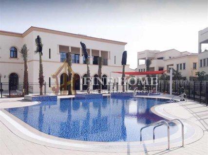 للبيع..فيلا  فخمة 5 غرف في حدائق بلوم أبوظبي