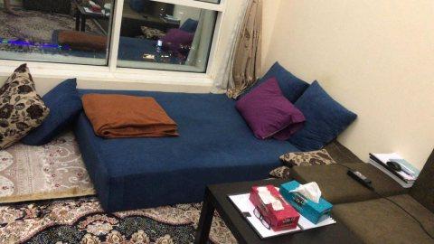 للايجار شقة مفروشة بالشارقة التعاون غرفة وصالة بسعر ممتاز بناية جديدة فرش جيد