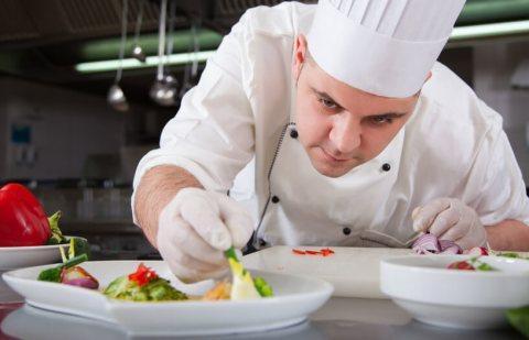 شركة النخبة المغربية توفر طباخين مغاربة خبرة بالطبخ المغربي و الاروبي