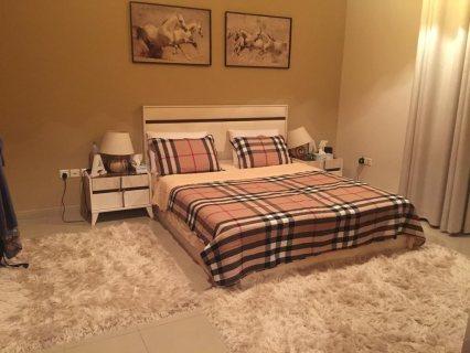 للبيع غرفة نوم وغرفة اطفال