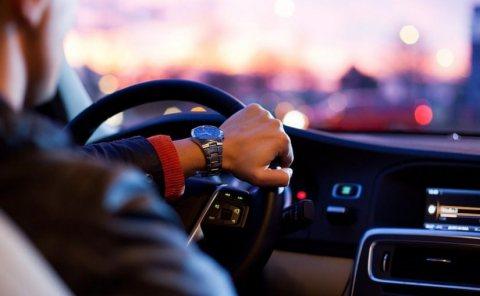 شركة بكر الأسمر لتزويد العمالة المغربية لدول الخليج : متوفر سائقين