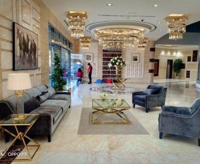 ادفع 37 ألف درهم واستلم شقة غرفتين وصالة فوراً في أفخم برج في عجمان