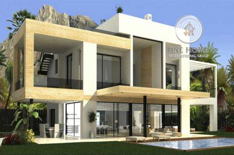 للبيع|  فيلا 6 غرف ماستر مع مسبح | مدينة شخبوط أبوظبي