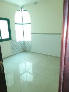 شقة غرفة وصالة للايجار بالشارقة منطقة القاسمية+شهر مجانى-تكييف مركزى