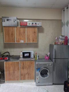 للايجار ستوديو مفروش بالشارقة بجوار ميجا مول فرش جيد مساحة صغيرة