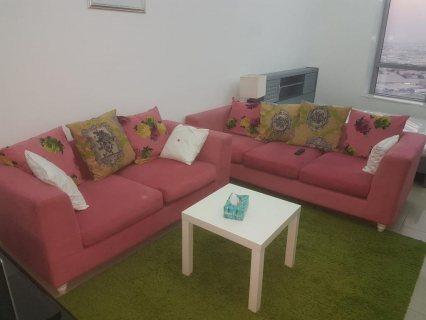للايجار شقة مفروشة بالمجاز غرفة وصالة فرش ممتاز اطلالة رائعة تكييف وغاز مركزي