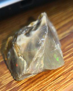 احجار كريمه خام طبيعيه