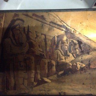 آثار وتحف وتماثيل وكتب ومخطوطات وقطع وعملات للبيع