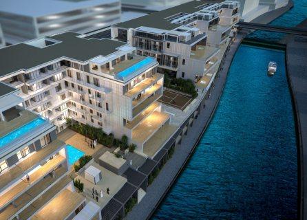 شقة دوبلكس مفروشة بالكامل ذات تراسات على القناة المائية مباشرةً في شاطئ الراحة