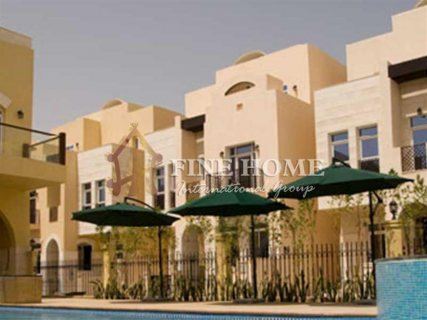 للبيع | فيلا 4 غرف | حدائق القرم أبوظبي