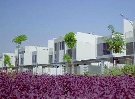 فيلا 3 غرف نوم وسط ملاعب الغولف في دبي  ب 999 ألف درهم ، بالتقسيط على 3 سنوات