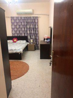 للايجار غرفة وصالة بالتعاون بسعر ممتاز بناية جديدة بقيمة 2300 غير شامل