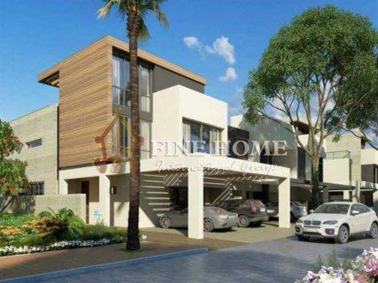 للبيع   فيلا فخمة 5 غرف نوم وتراس واسع   حدائق بلوم أبوظبي