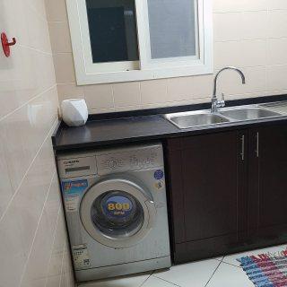 للايجار شقة مفروشة غرفتين وصالة بالتعاون فرش ممتاز
