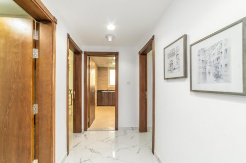 تملك واستلم شقة 3 غرف نوم وصالة على الخور في عجمان ب بالتقسيط على 7 سنوات