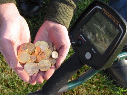 جهاز T2 الاول للبحث عن العملات القديمة 2021