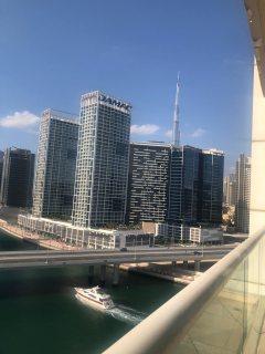 شقة مفروشة لقطة على القناة المائية في الخليج التجاري ب 650 ألف