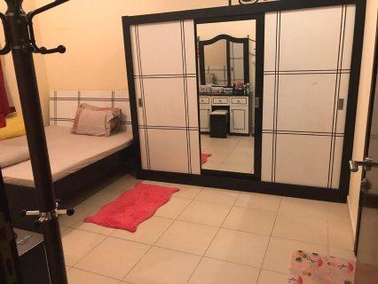 للايجار شقة مفروشة بالقليعة غرفة وصالة فرش جيد