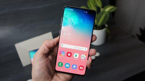 هاتف Galaxy s10 plus  حالة ممتازة جدااااا Dual SIM