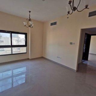 من المالك مباشرةً  وبسعر مميز شقة غرفتين وصالة جاهزة للبيع قرب البحر في الشارقة