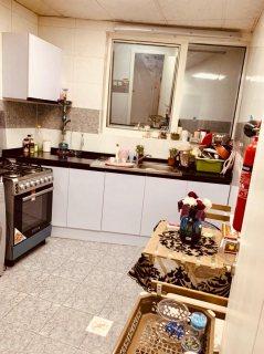 للايجار شقة مفروشة بالقصباء الشارقة غرفة وصالة فرش ممتاز سوبر ديلوكس