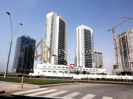 للبيع..بنايتين تجاريتين   موقع مميز   جزيرة الريم أبوظبي