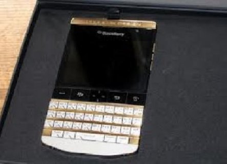 For sale: BlackBerry Porsche Design P9981 With Arabic / English