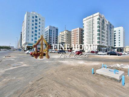 للبيع..بناية على زاويتين و 3 شوارع | 7 طوابق | مصفح أبوظبي