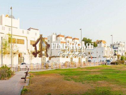 للبيع..مجمع 3 فلل | فخم | منطقة المشرف أبوظبي