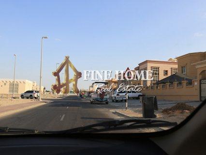 للبيع.. مجمع 3 فلل   موقع مميز   مدينة خليفة أبوظبي