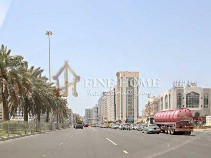 للبيع.بناية تجارية | 4 طوابق | زاويتين و 3 شوارع | المرور أبوظبي