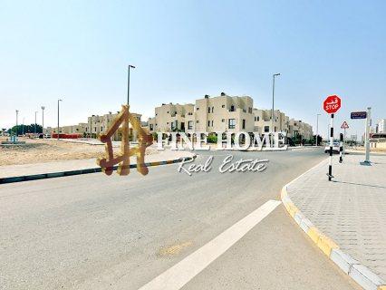 للبيع ..مجمع 32 فيلا   جيم وحمام سباحة   مدينة محمد بن زايد أبوظبي