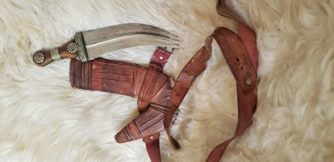 خنجر يماني قديم