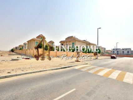 للبيع..مجمع 6 فلل   تقسيم شقق   مدينة خليفة أبوظبي