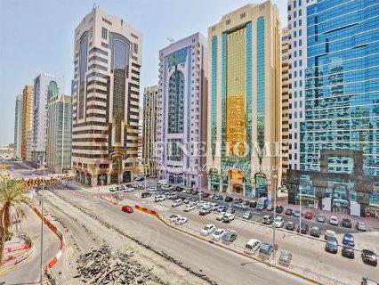 للبيع.. برج على شارعين   16 طابق   النادي السياحي أبوظبي