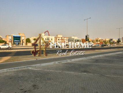 للبيع..مجمع 5 فلل   5 غرف لكل فيلا   مدينة خليفة أبوظبي