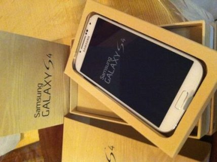 For Sale Blackberry Q10, Z10 /Samsung S4/HTC One/BBM Chat: 21EC4