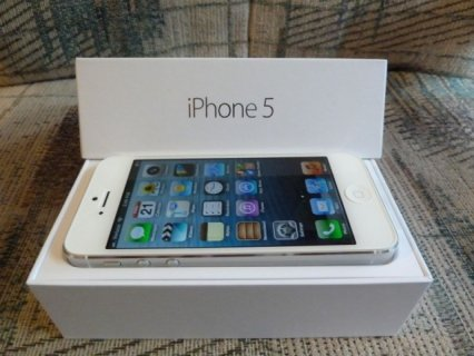 for sale:Apple Iphone 5 64GB /  Blackberry Z10