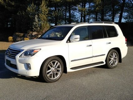 2013 Lexus LX570 Low Mileage  - 96.000 AED
