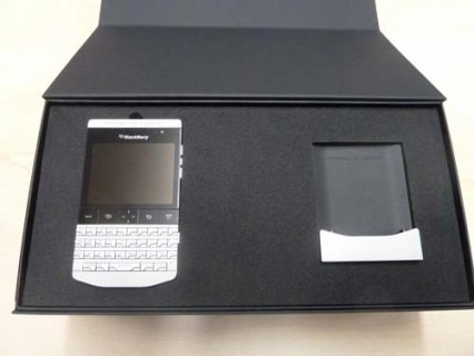 Blackberry Q10 , R10 , Q5 & P\'9881 Add Pin 233DAA2F