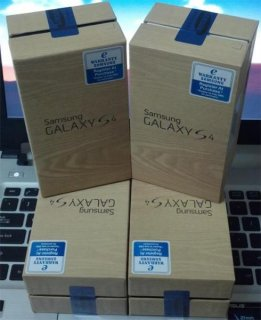 Samsung Galaxy S4 & Apple iPhone 5 32GB