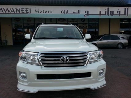 2013  Toyota  Land Cruiser   VXR - V8