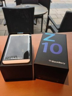 BlackBerry Z10(ADD BBM 26FC4748)
