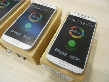 New Samsung Galaxy S4 i9500 - International Version