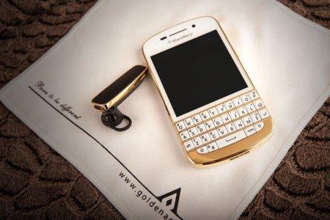 Gold Blackberry Q1O/Samsung S4/Apple Iphone 5