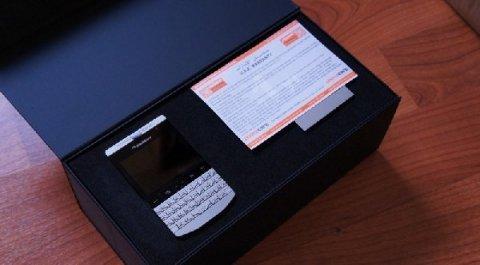 BlackBerry Porsche Design P\'9981 - 8 GB