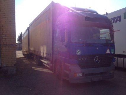 شاحنة مرسيديس اكتروس 2440 سنة 1999-2000 للبيع
