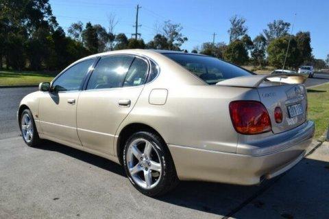 GS 300         2003