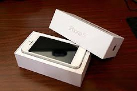 Apple iPhone 5 (Add BBM 26FC4748)