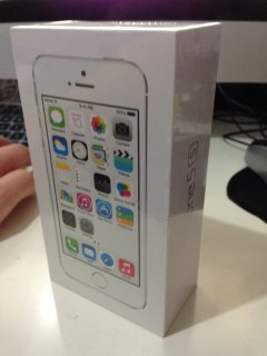 Iphone 5s 32Gb and 64Gb (BBM Chat:2A8A00B8)